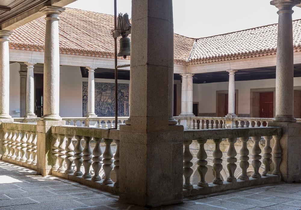 Exterior Claustro